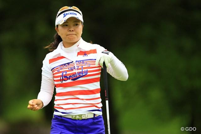 2014年 アース・モンダミンカップ 2日目 井芹美保子 なぜか自分が行く試合ではいつも上位な気がします。6アンダー5位タイ