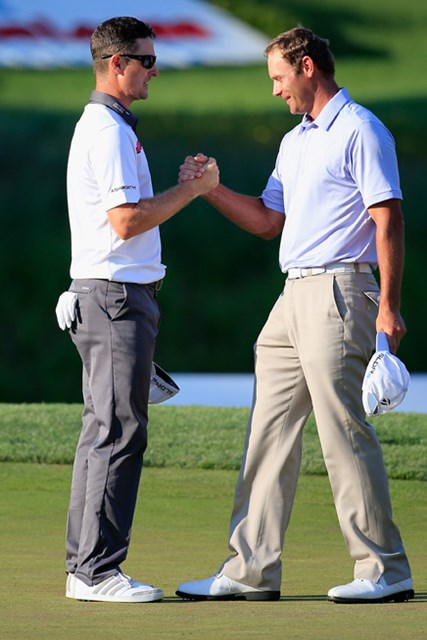 2014年 クイッケンローンズ・ナショナル 最終日 ジャスティン・ローズ S.ステファニ(右)とのプレーオフを制したジャスティン・ローズ(Rob Carr/Getty Images)