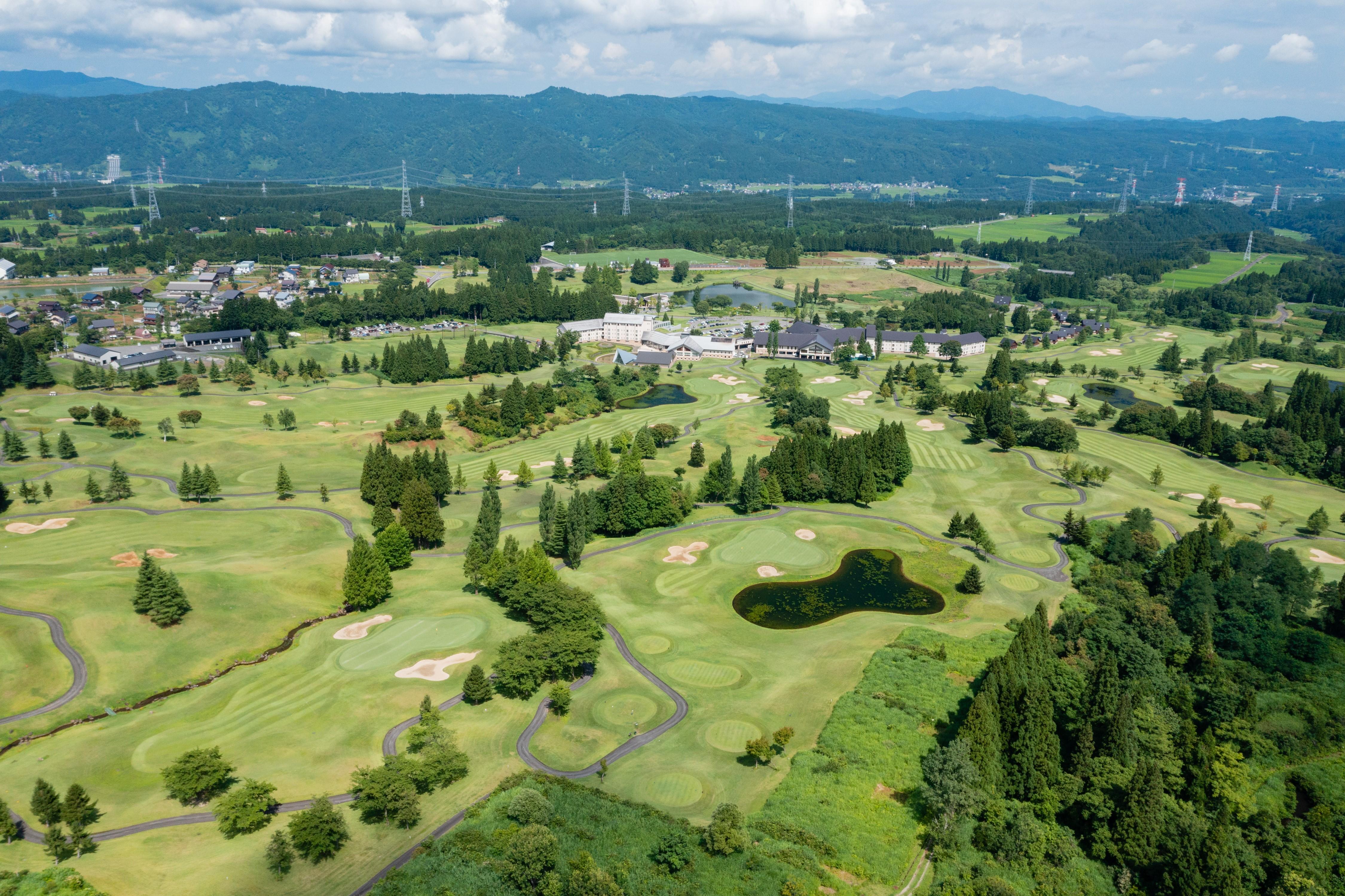 新潟県・あてま高原リゾート ベルナティオゴルフコース