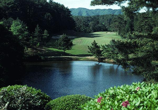 兵庫県・鳴尾ゴルフ倶楽部