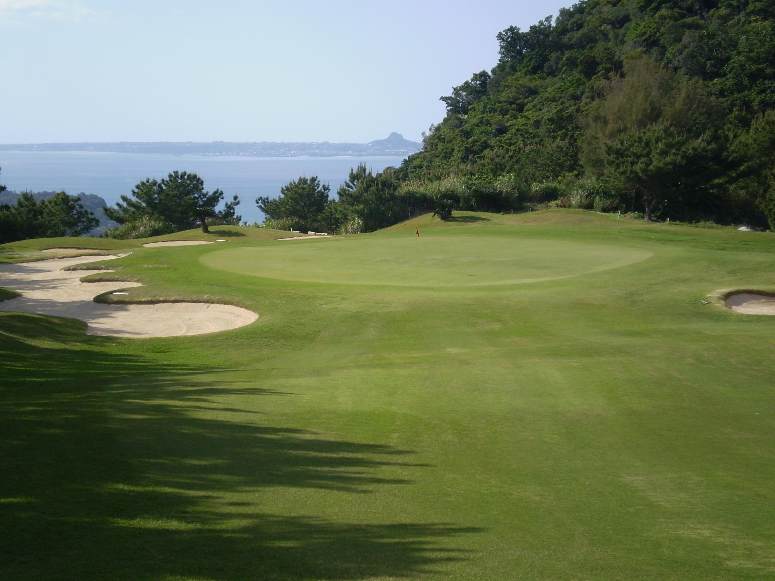 沖縄県・ベルビーチゴルフクラブ