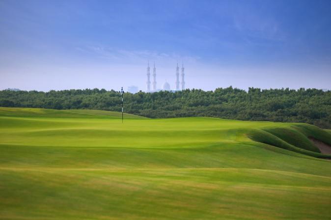 アル ツォルア ゴルフクラブ