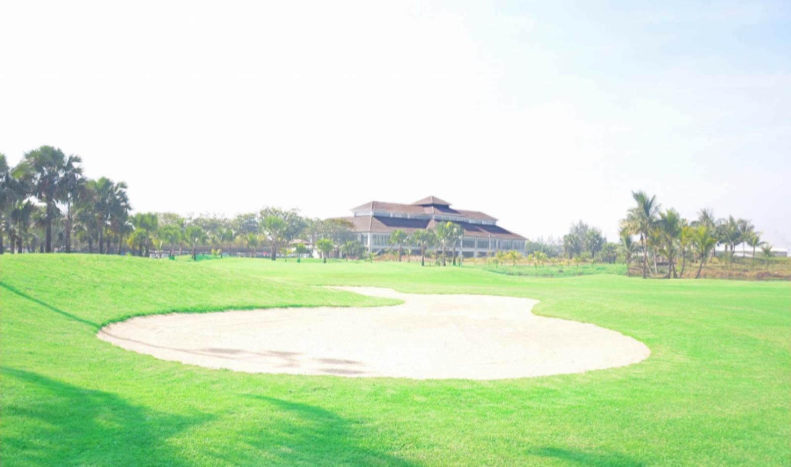 ロイヤルミンガラドンゴルフクラブ